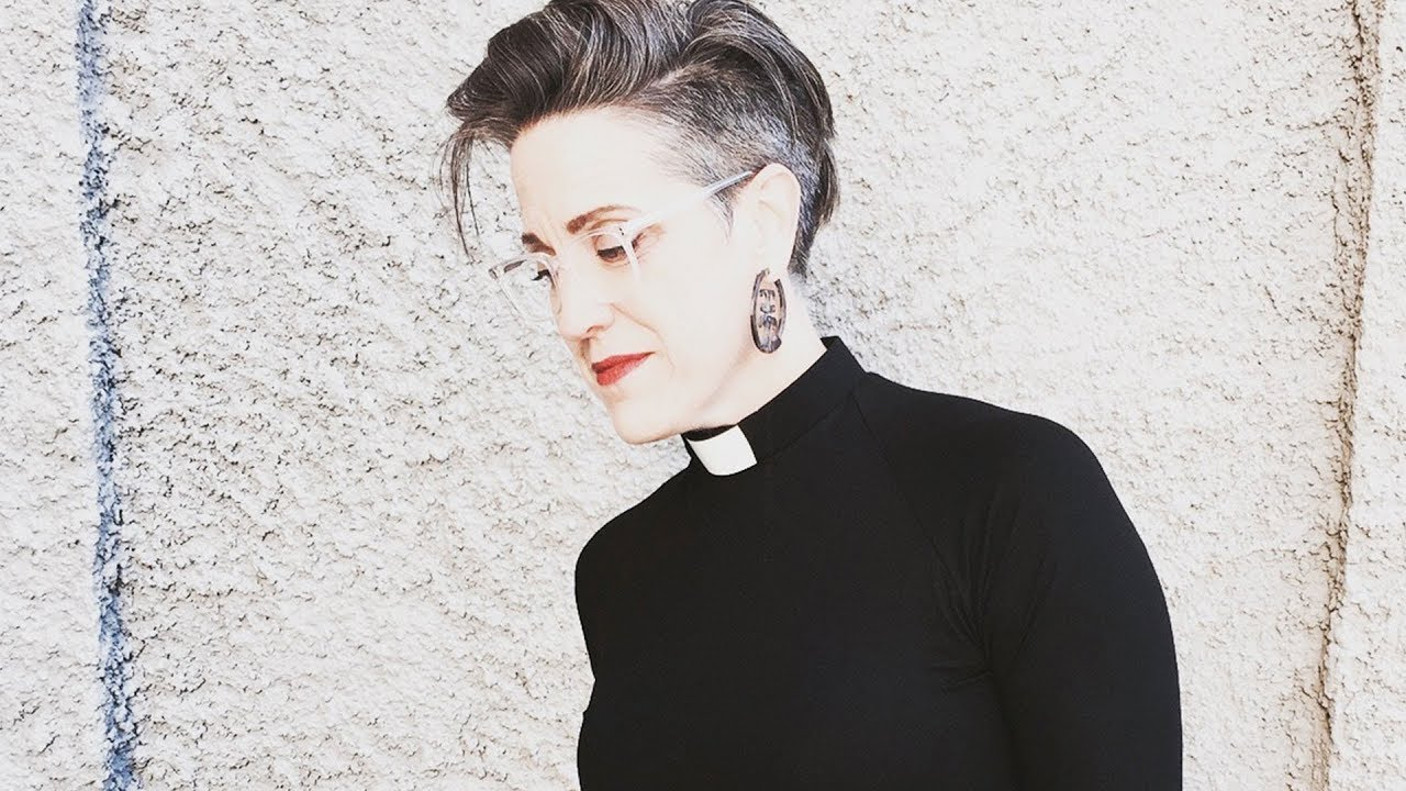 Radical Female Lutheran Pastor Plans on Melting Down Purity Rings to Make Vagina Statue ⋆ Activist Mommy